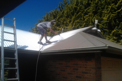 Roof Restoration Central Coast - Roof Painting Colorbond Roof